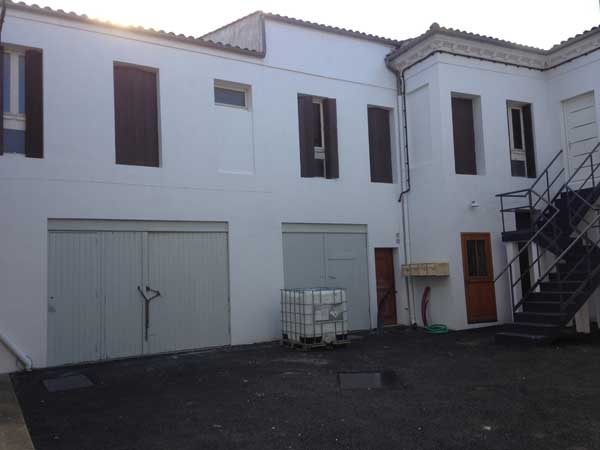 Renovation d 39 une facade d 39 immeuble abon construction for Entreprise renovation facade